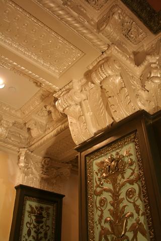 ballroom-wo-wallpaper